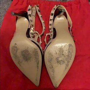Valentino Shoes - Valentino black and nude rockstud pumps